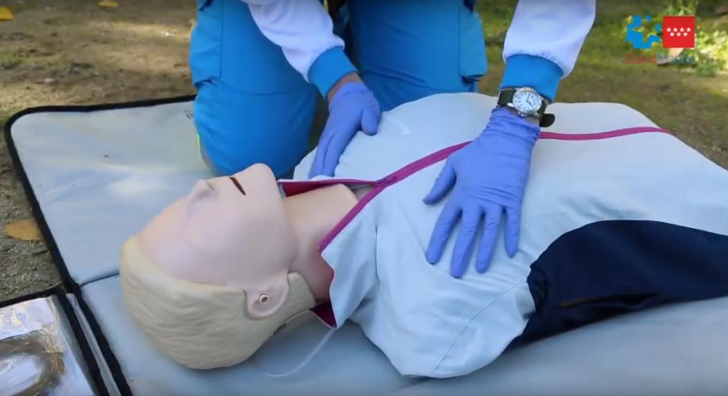 SUMMA 112 te enseña a hacer una reanimación cardiopulmonar básica (RCP)