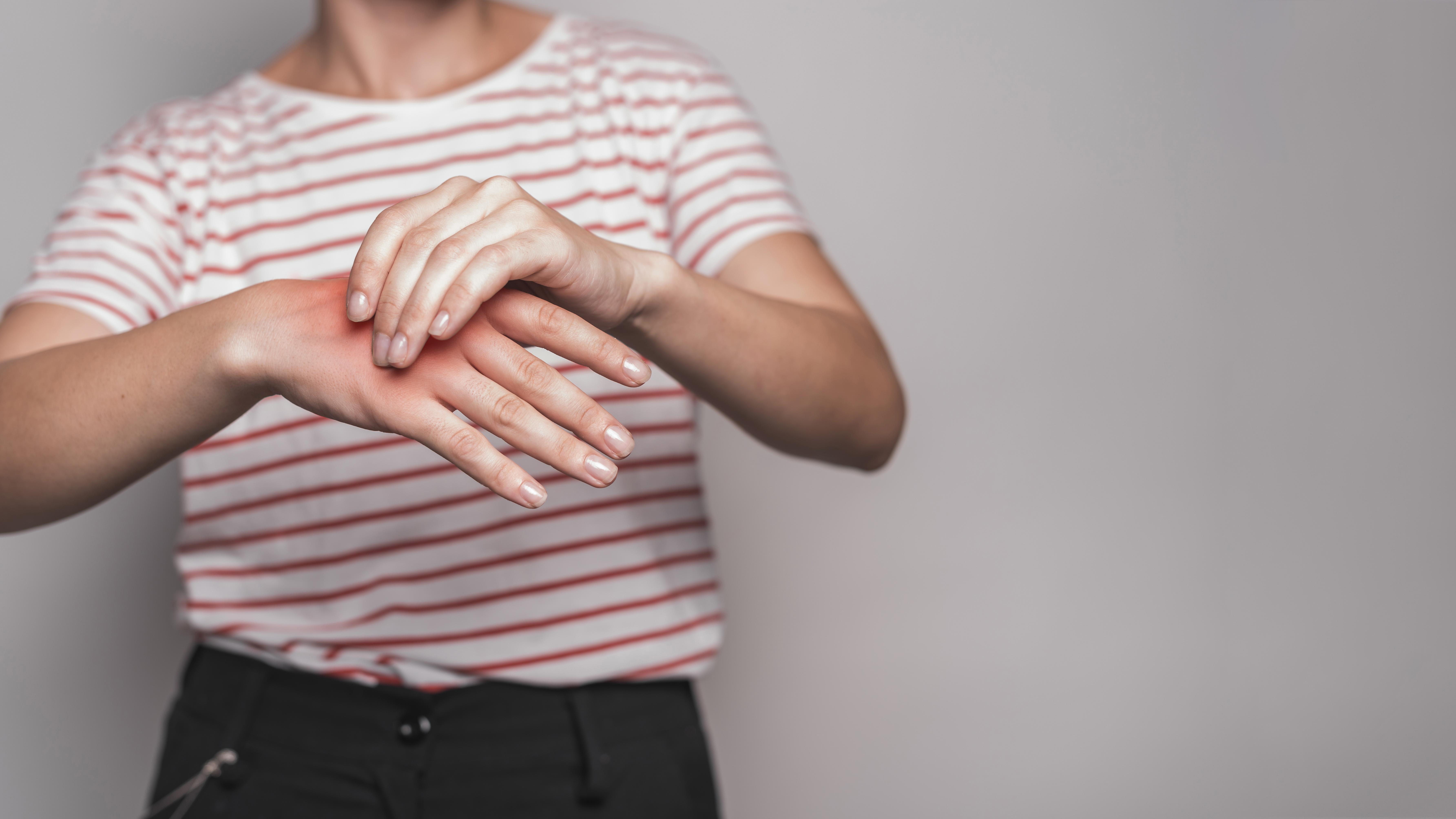 Ejercicios para mejorar la movilidad, flexibilidad y fuerza de sus manos.