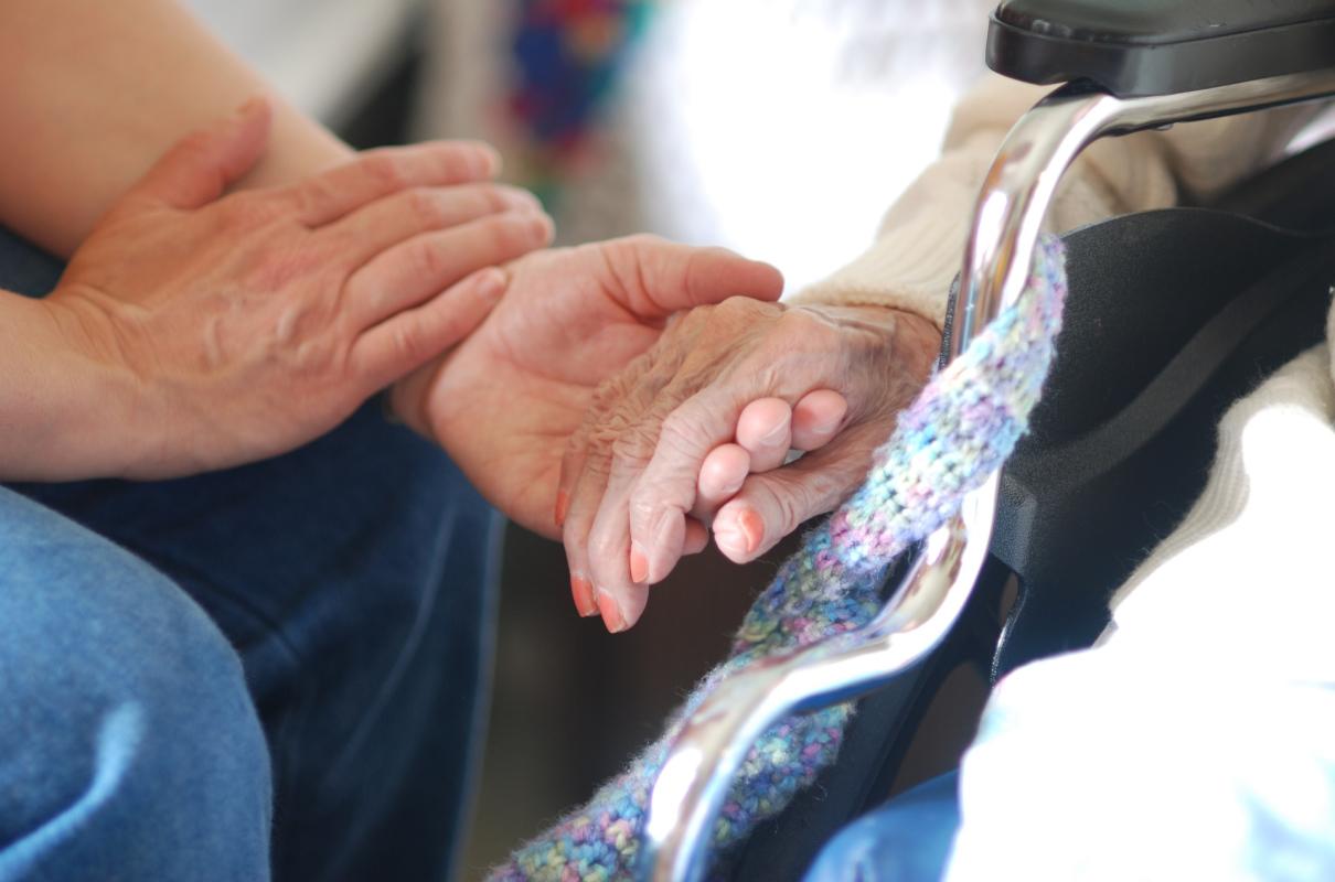 Juntos aprendiendo a cuidar y a cuidarse: el rol de las personas que cuidan