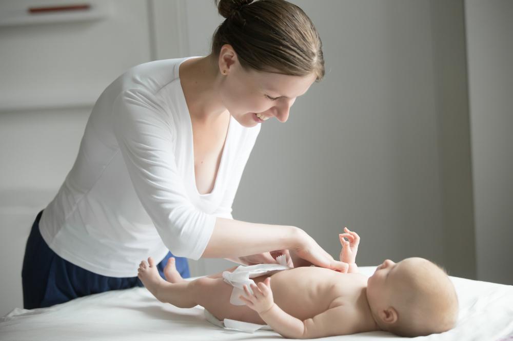 Salud y cuidados después del parto. Cuidados del recién nacido.